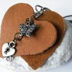 Long Leather Pendant Necklace. Brow..