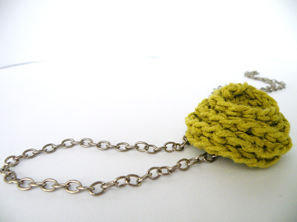 Long Pendant Necklace Crochet Deco Rose Lime Green Linen Spring Summer Fashion handmade by SteamyLab.